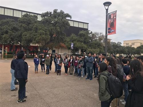 SSAHS Students Tour UTSA